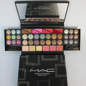 MAC Counterfeit5