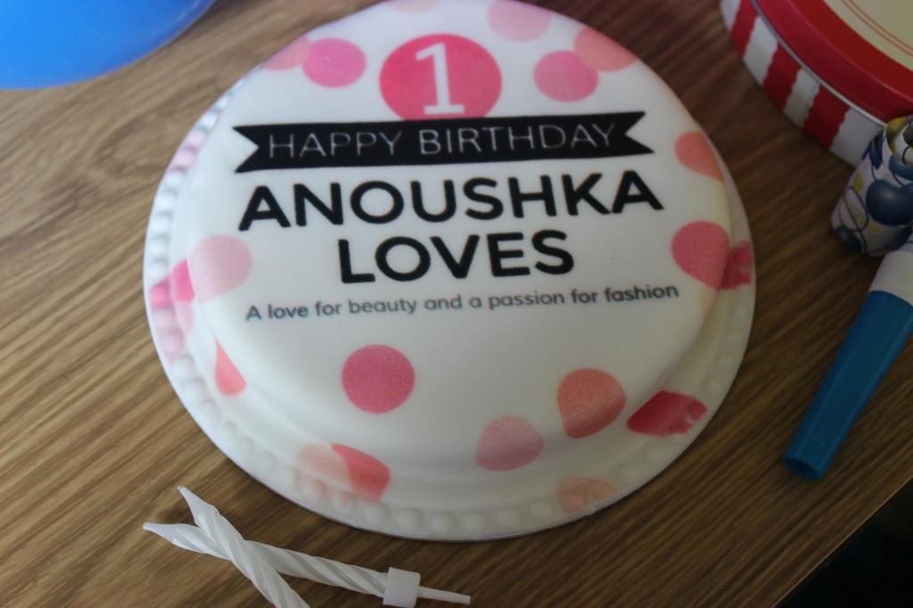 Bakerdays Letterbox Cake (9)