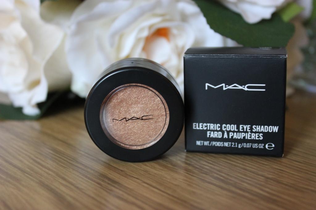 MAC Electric Cool Eyeshadow in Gilded Thrill