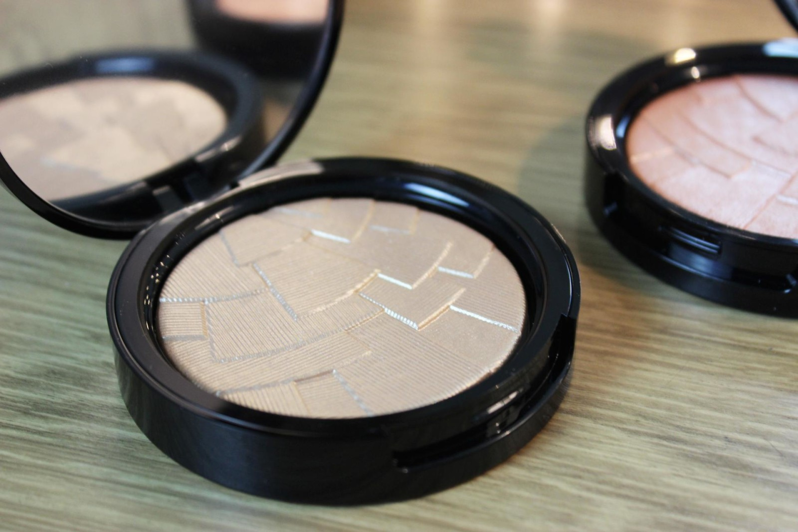 Anastasia Beverly Hills Illuminators So Hollywood & Peach Nectar