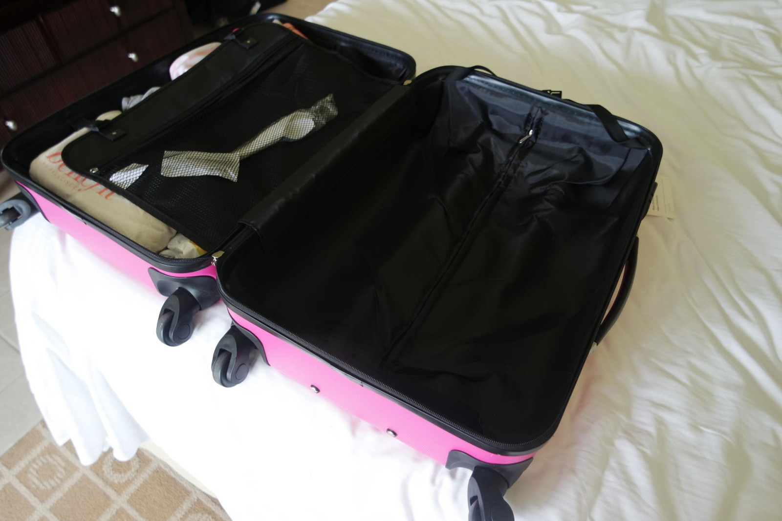 Constellation 24 inch Galloway ABS Suitcase