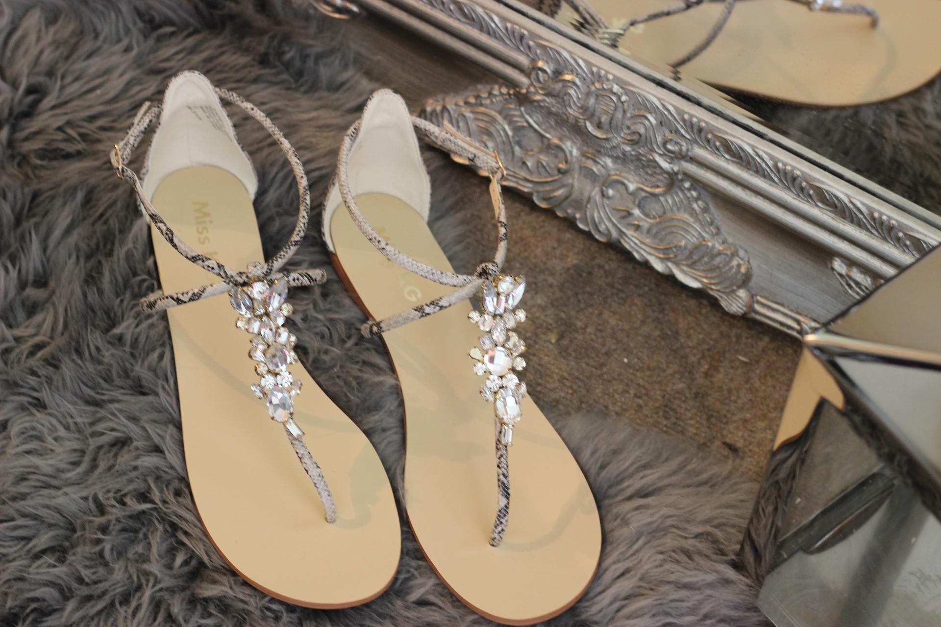 Girl In The Mirror - The Summer Maxi Dress Kurt Geiger Delight Sandals