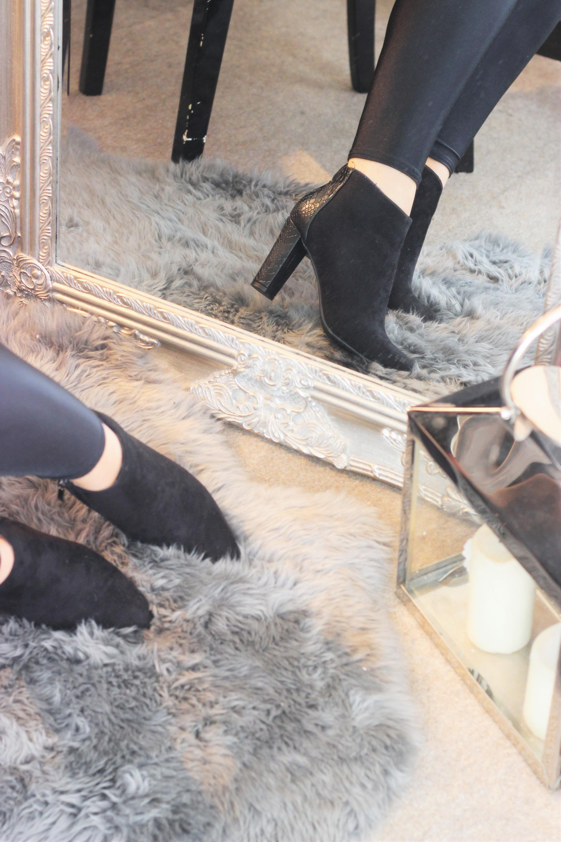 Girl In The Mirror - The Faux Fur Padded Coat Bows Boutique