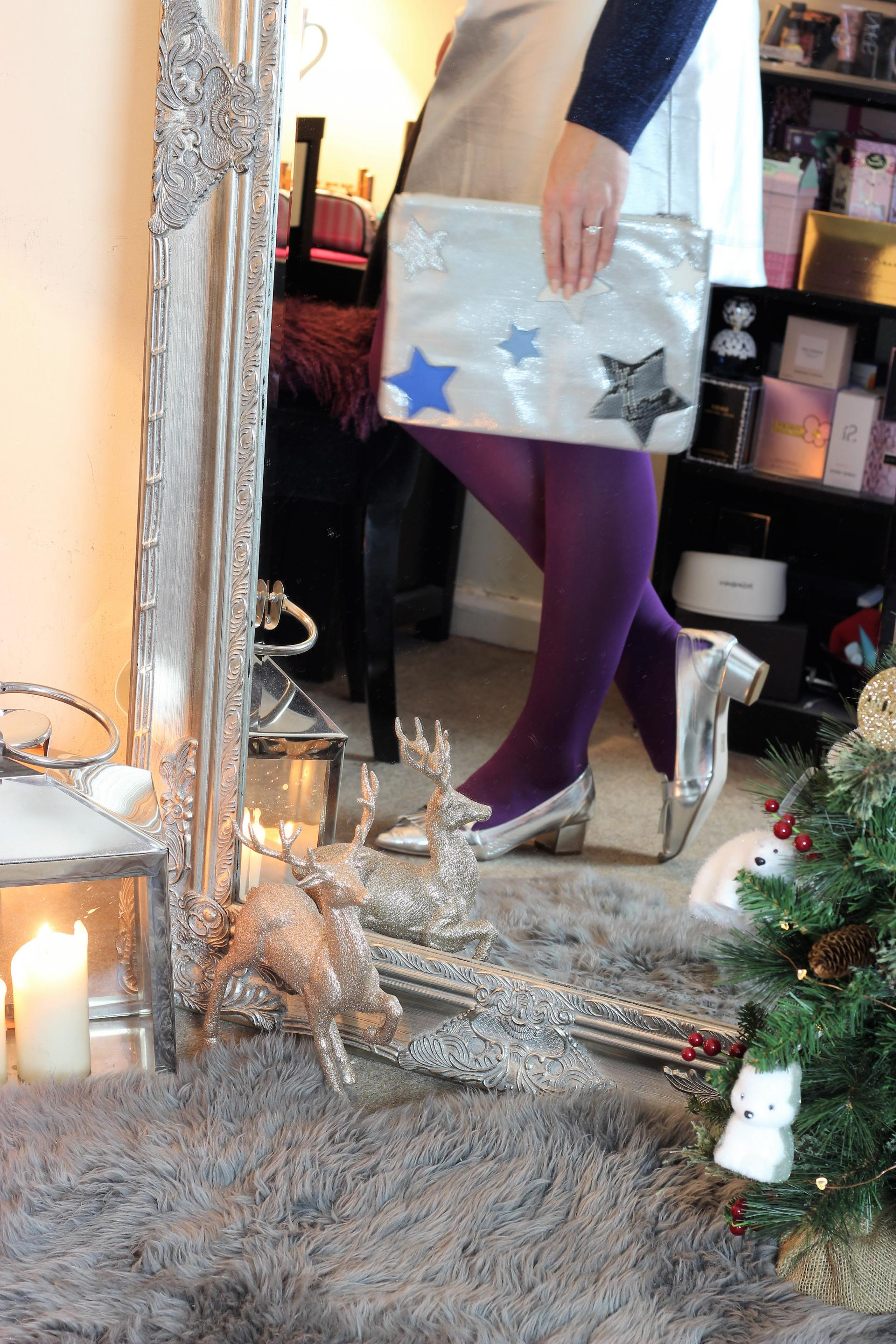 Girl In The Mirror - Christmas Day with Oliver Bonas