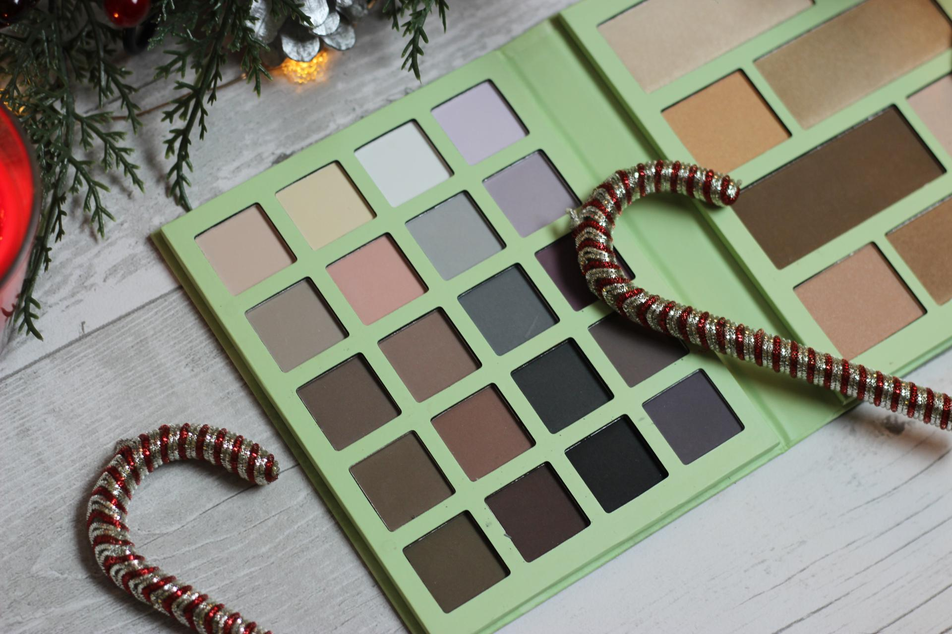 Pixi by Petra Christmas Collection Ultimate Beauty Kit