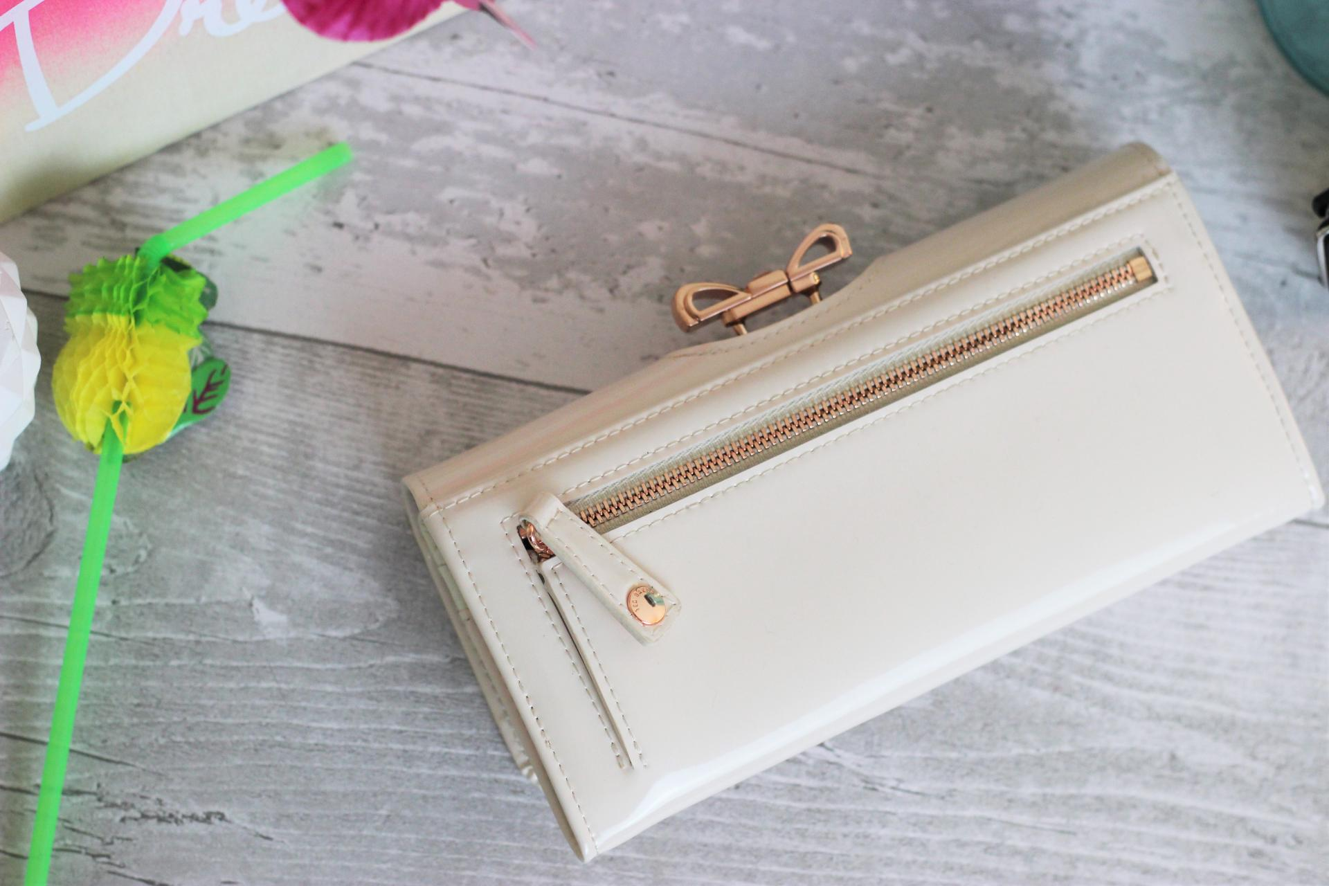Holiday Fashion Essentials Ted Baker Lindar