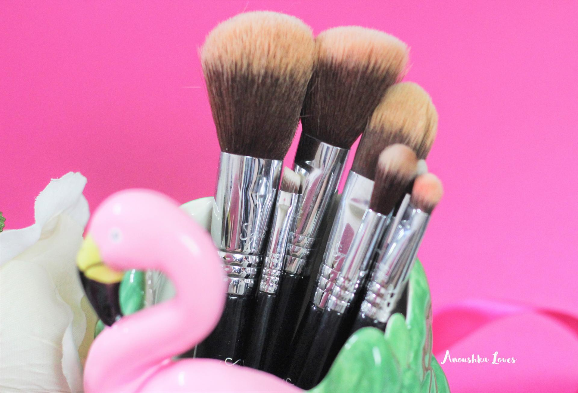 The Holiday Makeup Bag Part Three - Tools and Lashes  Sigma Mr Bunny Travel Set