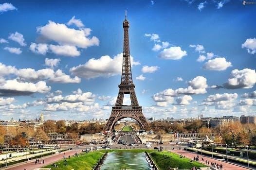 eifel tower paris.